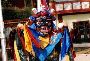 Čhamové tance tibetských mnichů